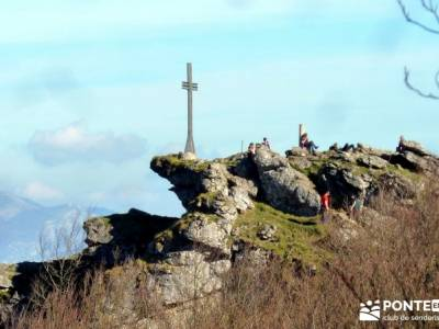 Parques Naturales Urbasa-Andía y Aralar - Nacedero del Urederra; fin de semana senderismo